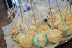 Cake Pops and Cheesecake Pops