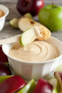 caramel-cheesecake-apple-dip
