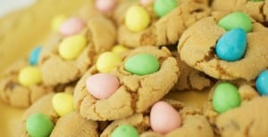 Reese's Pieces Pastel Egg Cookies