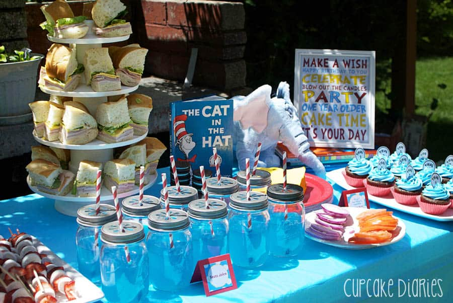Dr seuss 1st birthday party for B day party decoration ideas