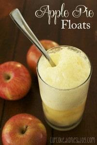 Apple Pie Floats