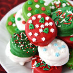 Christmas in Oreo form! These dipped cookies are easy to make and perfect for neighbor treats!