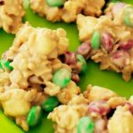 Christmas White Chocolate Crispies