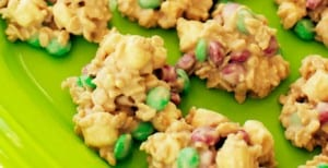 christmas-white-chocolate-crispies-header
