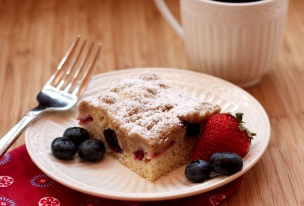 Red-White-Blueberry-Crumb-Cake-9