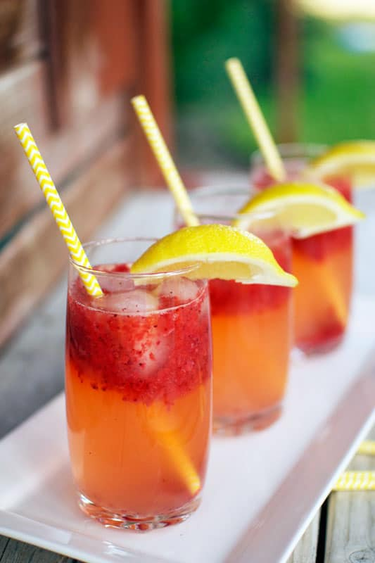 sparkling-strawberry-lemonade-3