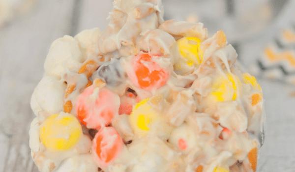 candy-corn-mm-halloween-trash-header