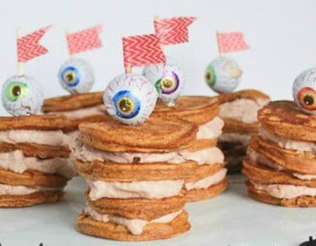 Eyeball Stacked Pancakes {30 Days of Halloween – Day 28}