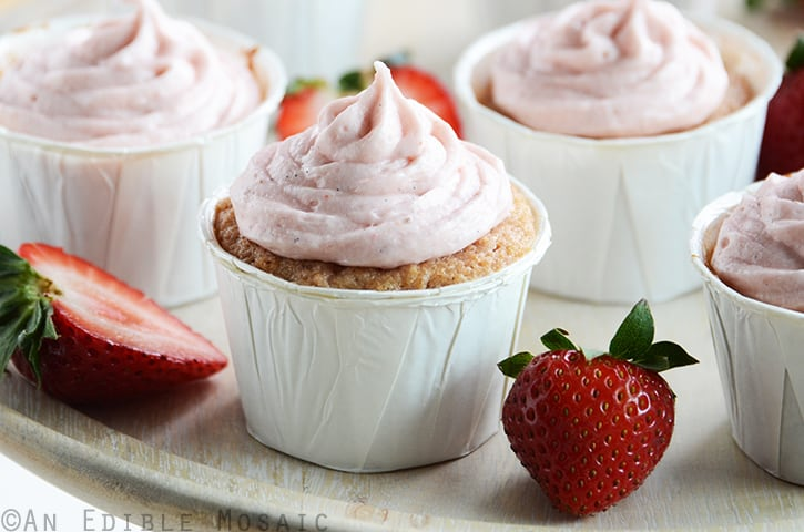 Fresh-Strawberry-Cupcakes-with-Fresh-Strawberry-Frosting-2