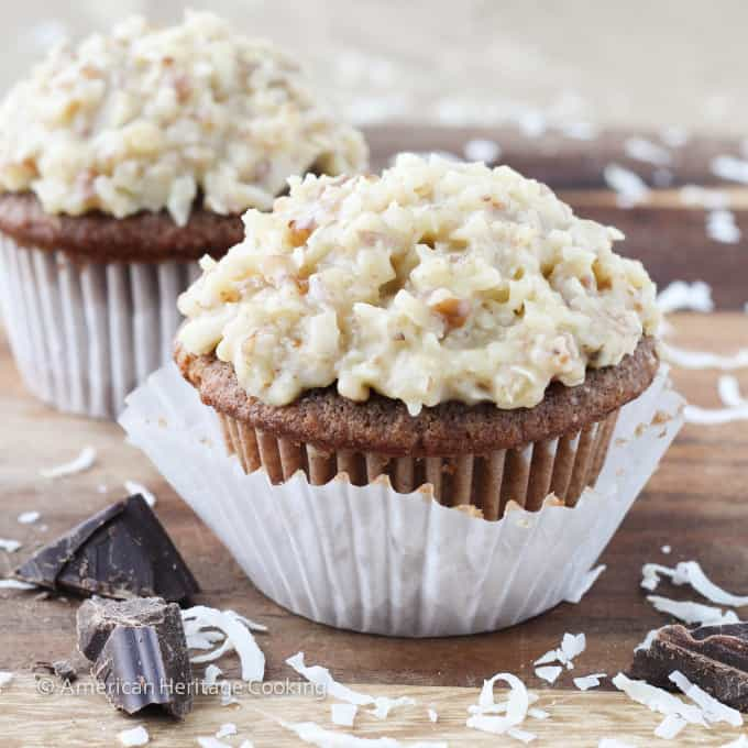 German_Chocolate_Cupcakes-1404193688-e1402157530105