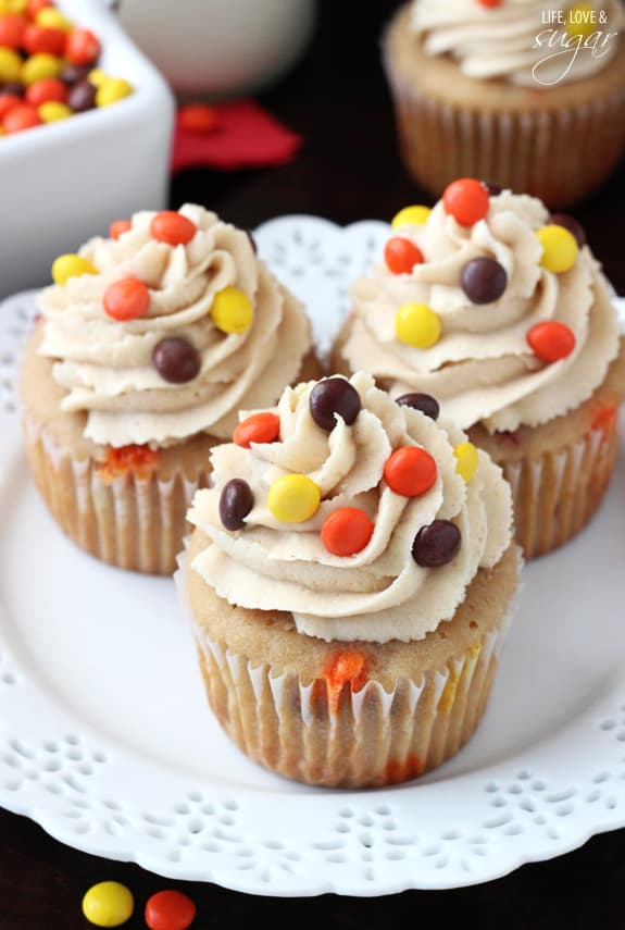 Triple_Peanut_Butter_Cupcakes2