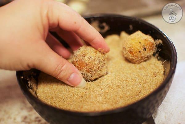 pumpkin-spice-donut-holes-6