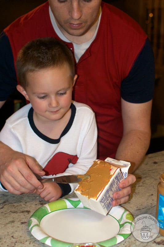 graham-cracker-houses-4