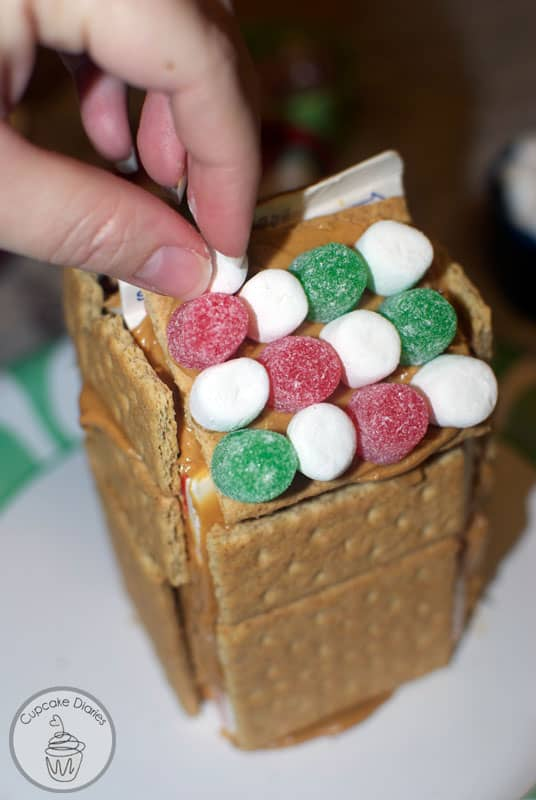 graham-cracker-houses-6
