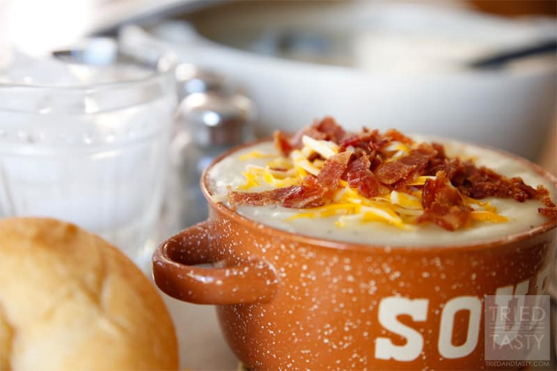 Copycat Tony Roma's Baked Potato Soup