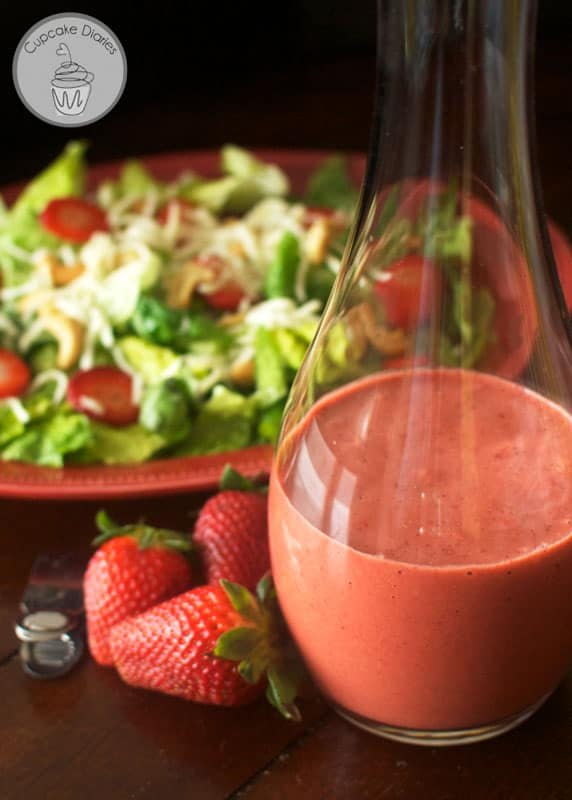 Strawberry Balsamic Vinaigrette Dressing - This creamy salad dressing tastes like it came from a restaurant! It's so yummy and flavorful.