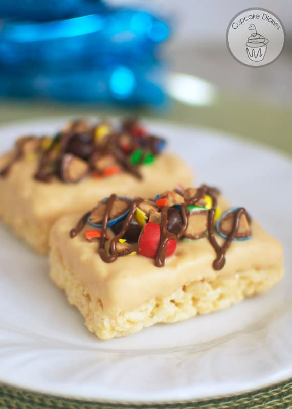 Ultimate M&M's Peanut Butter Krispies Treats - A peanut butter and chocolate explosion combined with chewy and marshmallowy Rice Krispies Treats. They're soooo good!