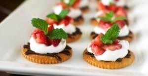 Chocolate and Cream Strawberry Snacks