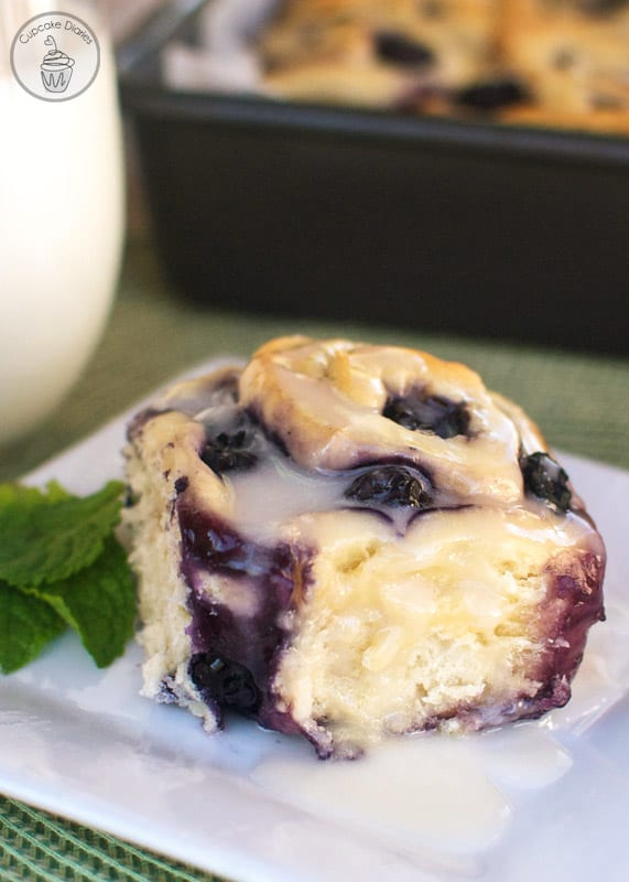 Blueberry Sweet Rolls with Lemon Glaze - Cupcake Diaries