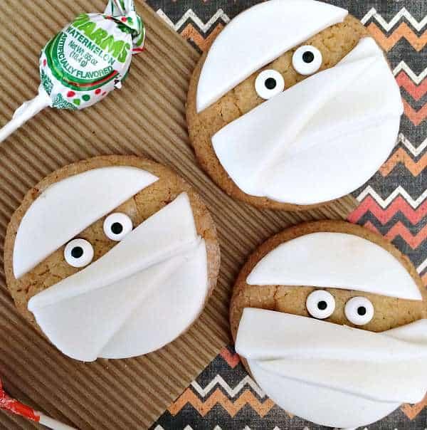 Easy Mummy Cookies