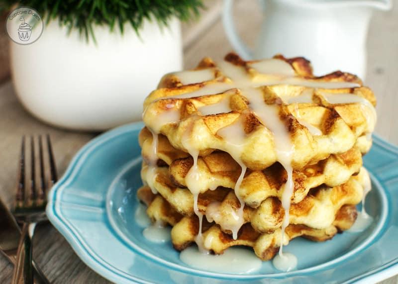 pillsbury cinnamon rolls waffles
