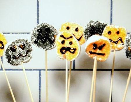 Monster Marshmallow Lollipops: 30 Days of Halloween – Day 15