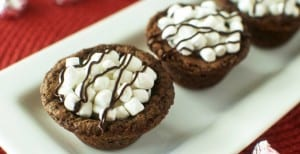 Peppermint Hot Cocoa Cookie Cups