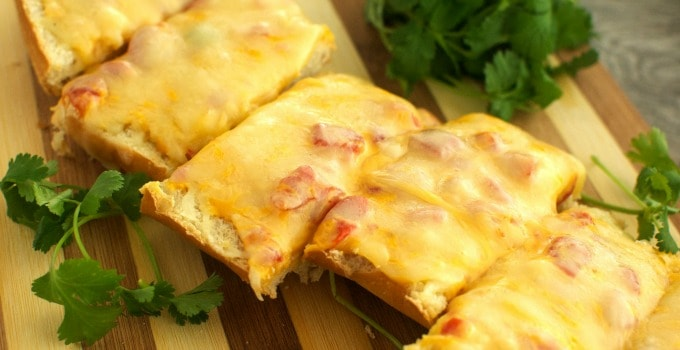 Queso French Bread