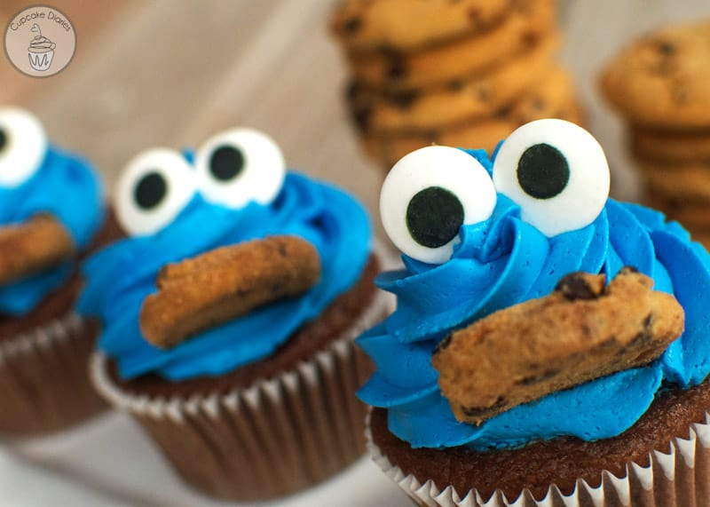 Make Cookie Monster Cake
