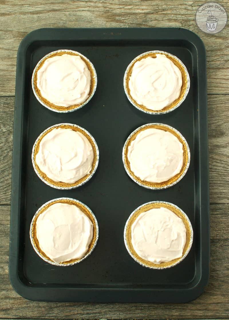 Mini No Bake Strawberry Cheesecakes