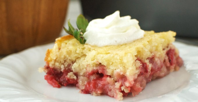 strawberry-coffee-cake-header