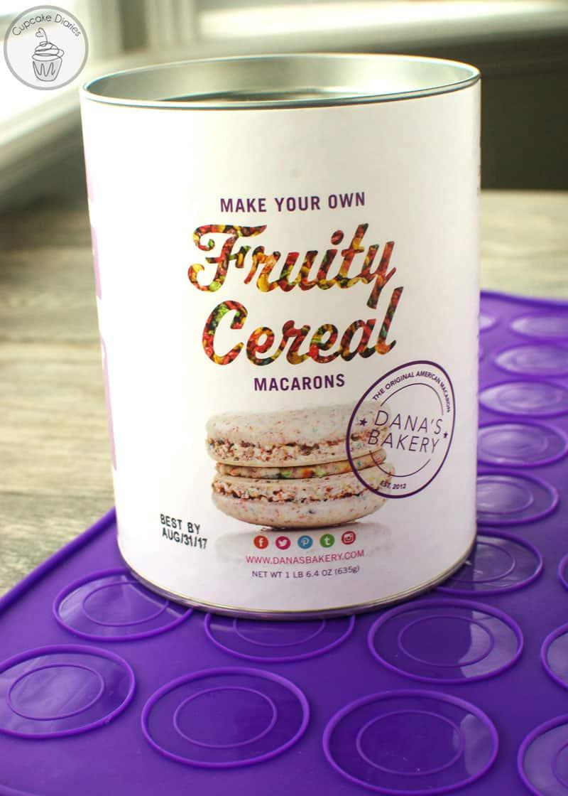 Dana's Bakery Fruity Cereal Macaron Kit