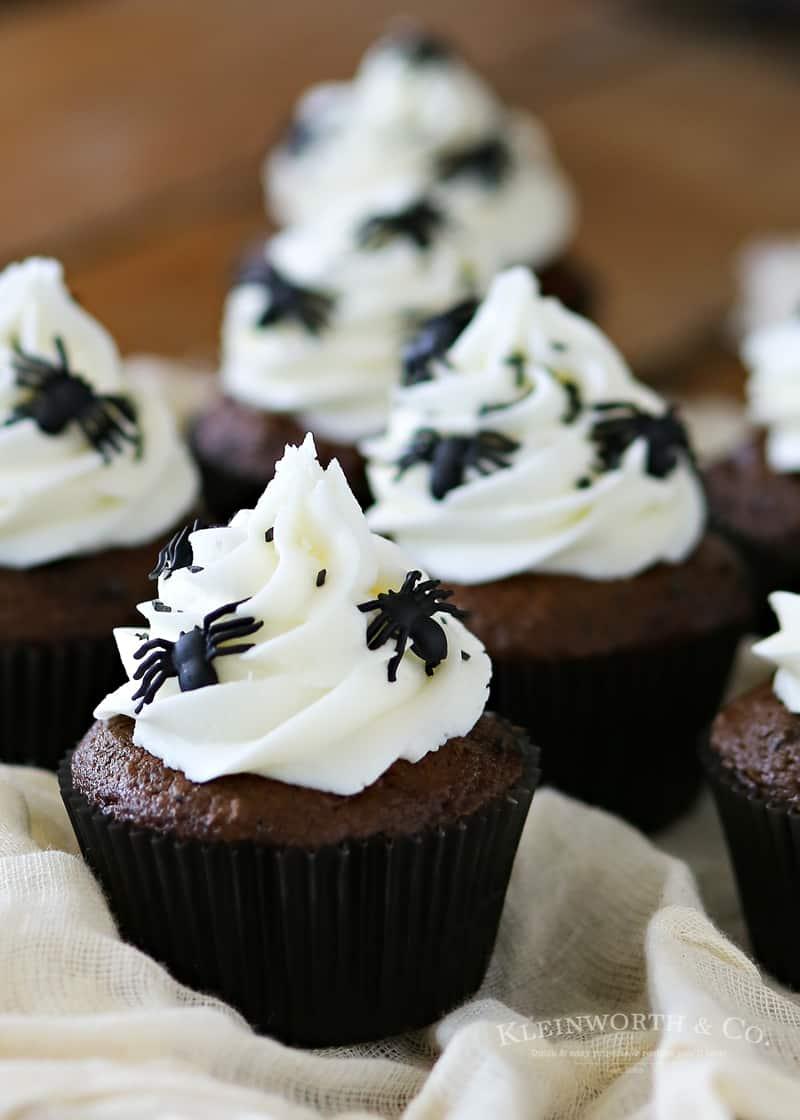 Creepy Spider Cupcakes
