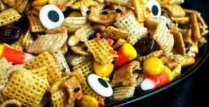 Halloween Chex Treat – 30 Days of Halloween 2016: Day 1