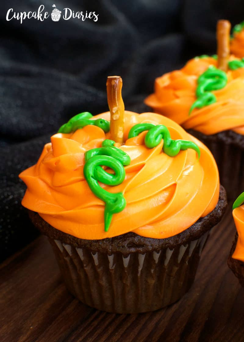 Pumpkin Patch Cupcakes 30 Days Of Halloween 2016 Day 14