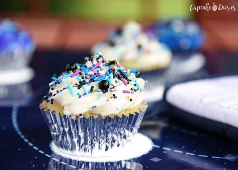 Learn about the solar system in the tastiest of ways! Galaxy Cupcakes are easy to make and a delicious treat for space explorers.