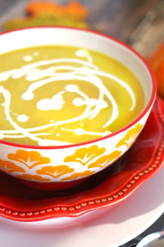 10-Minute Pumpkin Curry Soup