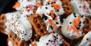 Halloween Caramel Pretzel Bites – 30 Days of Halloween 2017: Day 16