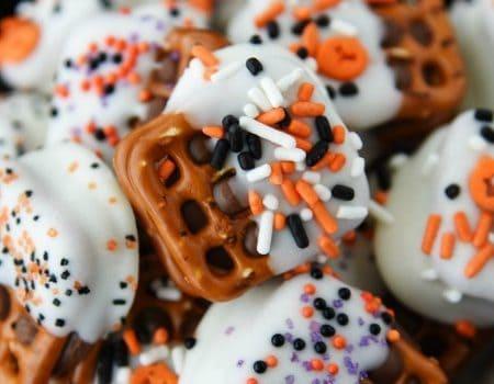 Halloween Caramel Pretzel Bites
