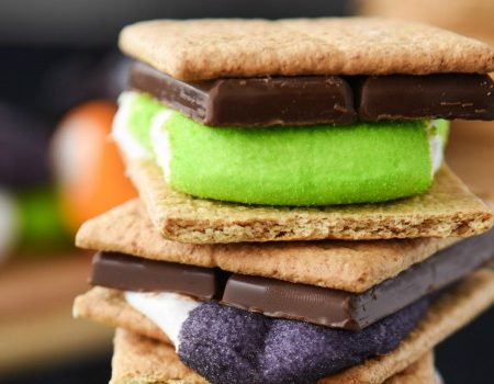 Halloween S'mores – 30 Days of Halloween 2017: Day 15