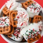 Christmas Caramel Pretzel Bites