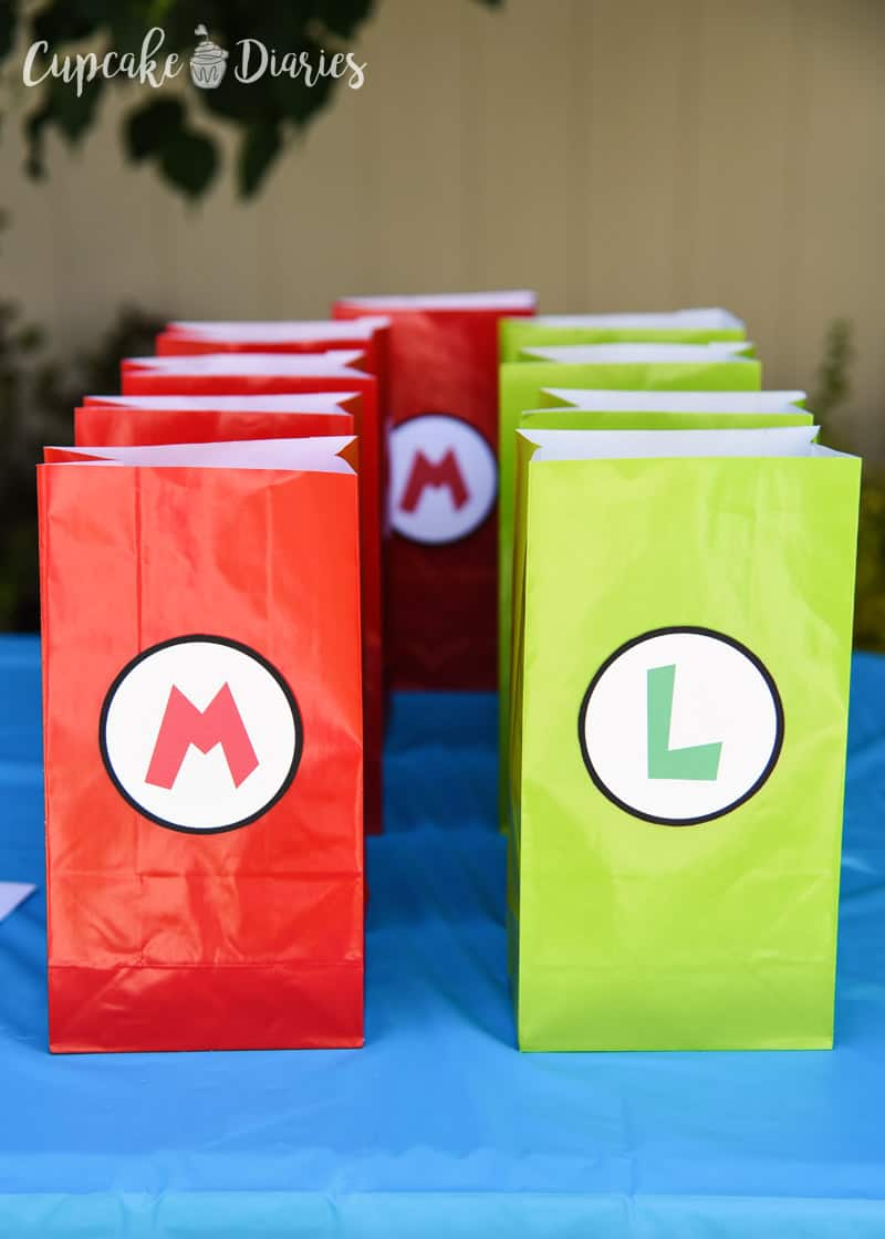 Super Mario Bros. Birthday Party goody bags for your Super Mario Bros. party!