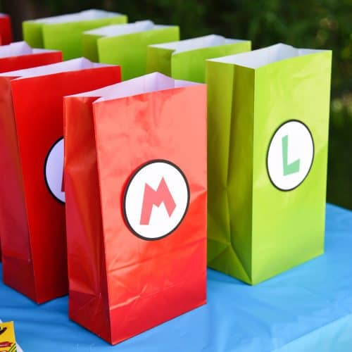 Super cute and super easy goody bags for a Super Mario Bros. birthday party!