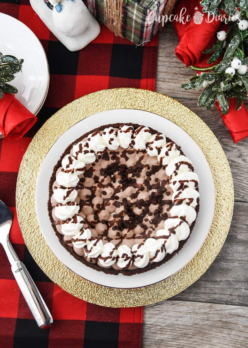 Edwards Hershey's Chocolate Crème Pie is so pretty and easy to serve for a holiday party!
