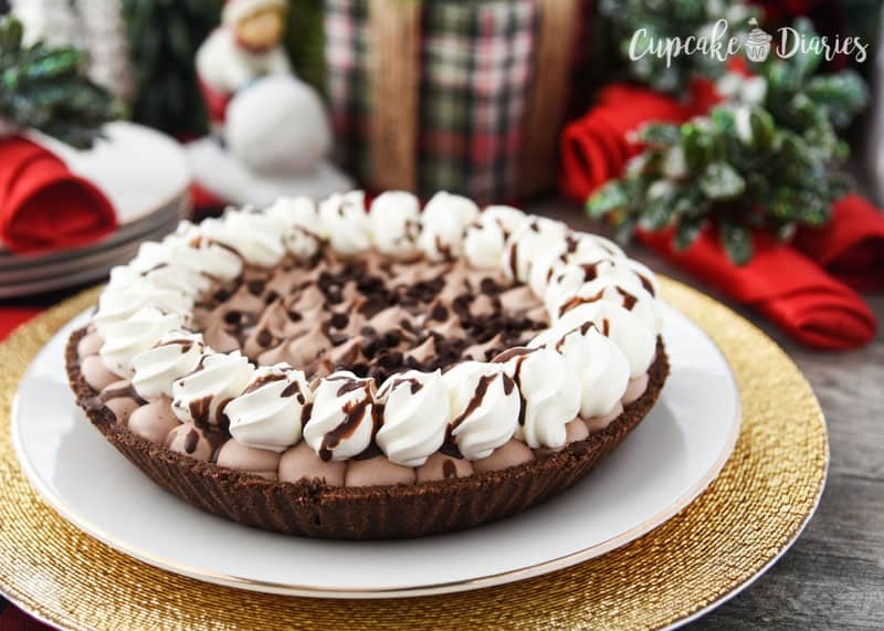 Beautiful Edwards Hershey's Chocolate Crème Pie for the holidays!