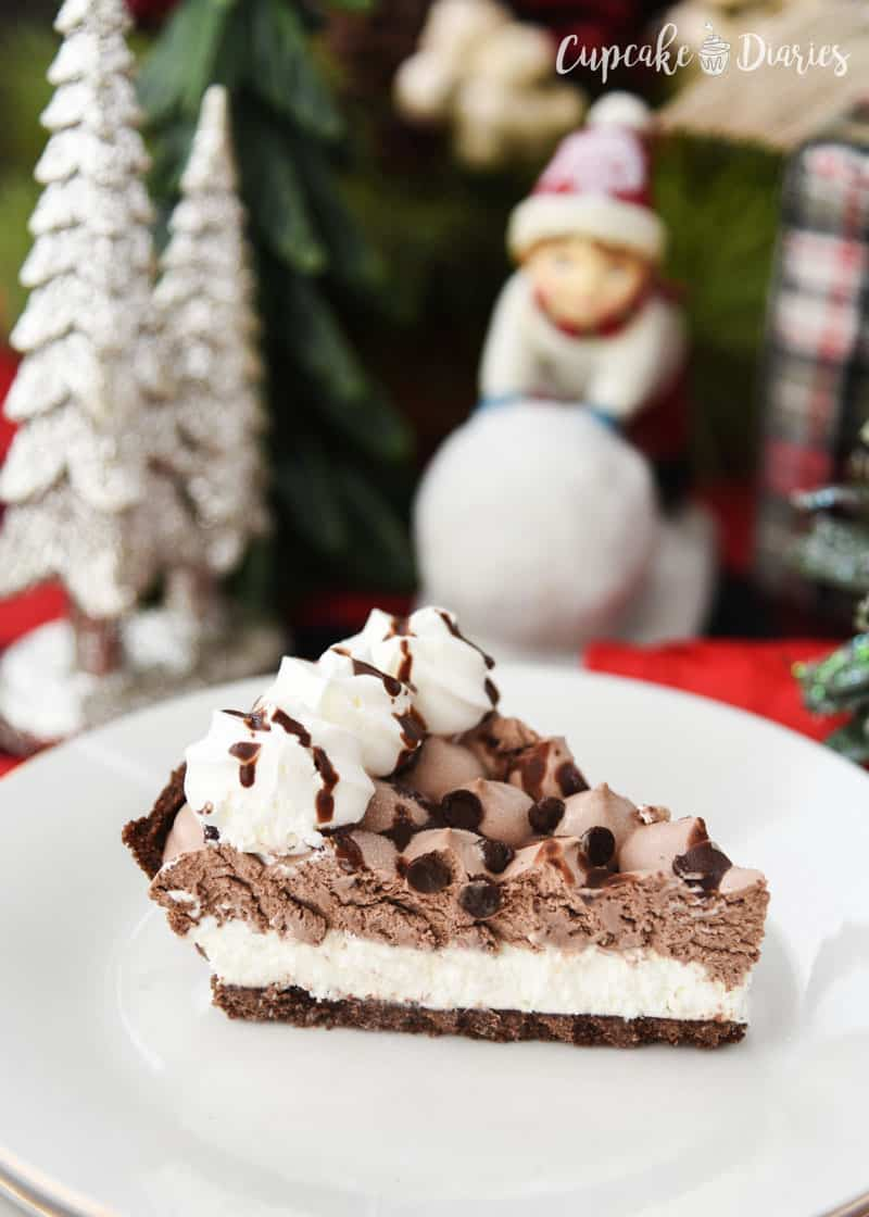 Edwards Hershey's Chocolate Crème Pie - A perfectly smooth pie over top a crunchy crust. It's so dreamy and yummy!