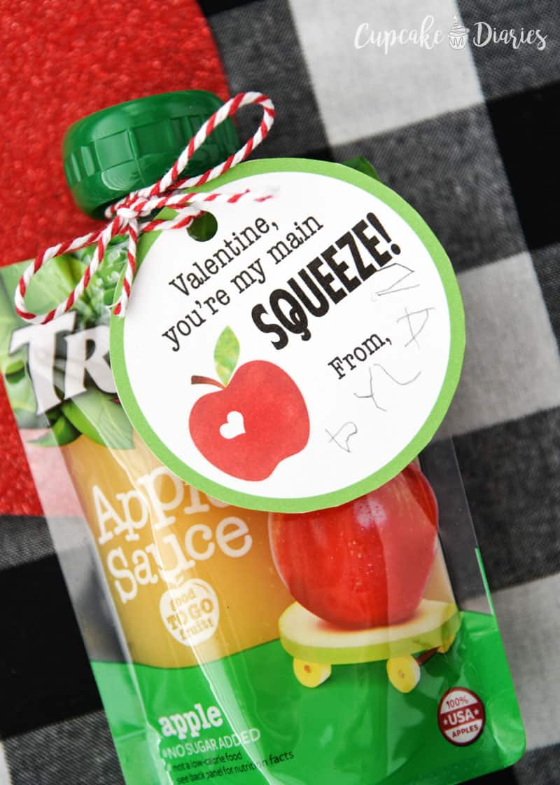 Applesauce Valentines are great for kids! The preschoolers will especially love this easy valentine idea.