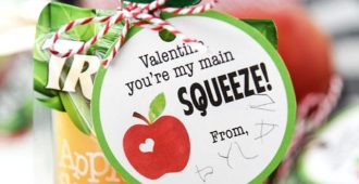 Applesauce Valentines - An easy valentine idea for young kids!