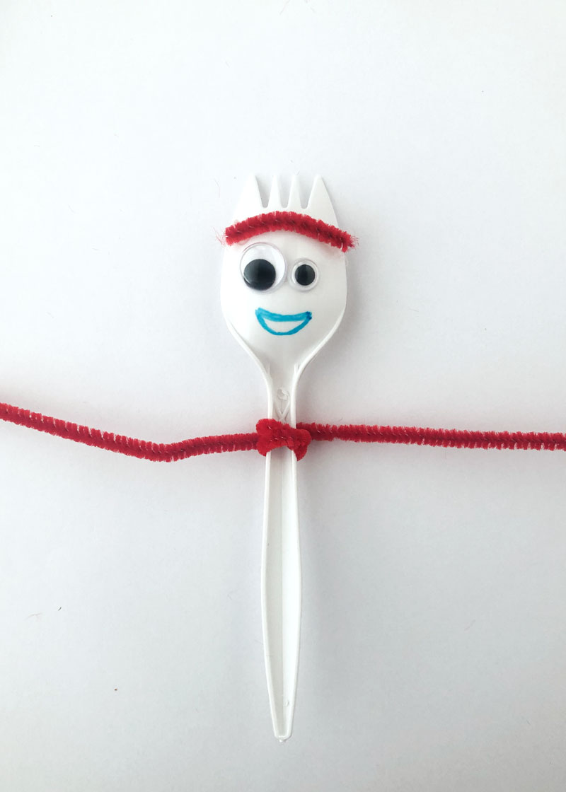 Step 4 in making Forky for Forky Cupcakes