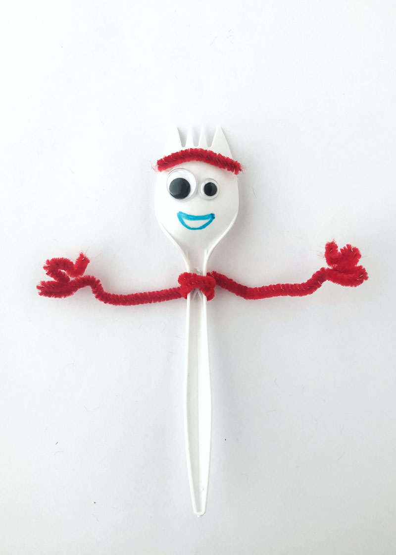 Step 5 in making Forky for Forky Cupcakes